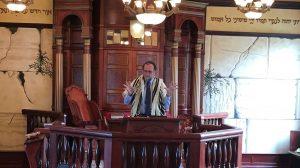 Dr. Stuart Dauermann teaching